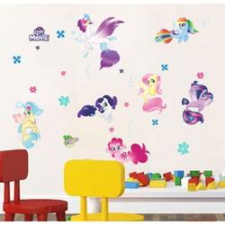 Decal dán tường hoạt hình ngựa Pony cho bé gái