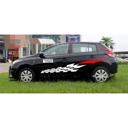 Tem xe ô tô phong cách thể thao TS023