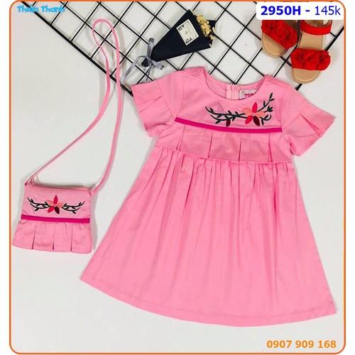 Đầm kate lụa thêu hoa kèm túi đeo xinh xắn cho bé - 2950