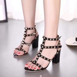 sandal đinh tán déo cao gót đinh tán phong cách