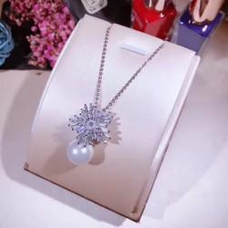 Dây chuyền Ngọc trai hoa tuyết cực xinh
