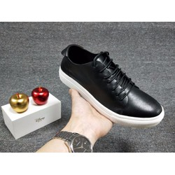 Giày nam da thật đế pu thể hiện sự sang trọng đẳng cấp người đi giày