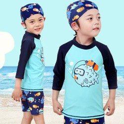 Đồ bơi bé trai họa tiết cá đáng yêu kèm nón