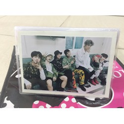 Bộ Ulbum- Album 28 hình BTS tặng 2 móc khóa hình BTS