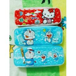 Hộp bút Doraemon-Hello Kitty