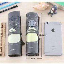 Túi bút cuộn Totoro