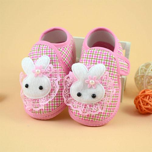 Combo 2 đôi giày tập đi cho bé - 5636706 , 9522263 , 15_9522263 , 65000 , Combo-2-doi-giay-tap-di-cho-be-15_9522263 , sendo.vn , Combo 2 đôi giày tập đi cho bé