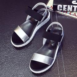 Sandal nữ quai ngang màu bạc