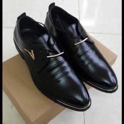Giày nam V chất liệu da