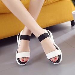 Sandal nữ quai ngang màu trắng