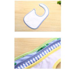2 Yếm cài cúc bấm nhựa mềm