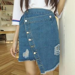 chân váy jeans đắp chéo nhiều nút Mã: VN673 - XANH NHẠT