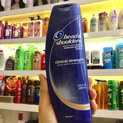 Dầu gội đặc trị gàu Head - Shoulder Clinical Strength Shampoo