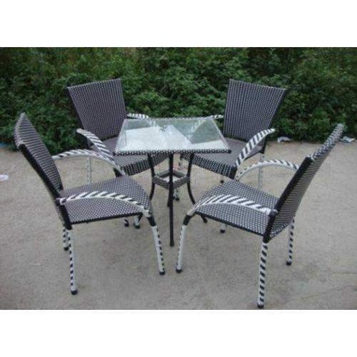 bàn ghế mây  nhựa chuyên dùng cho quán cafe
