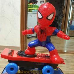 Siêu phẩm người nhện trượt ván