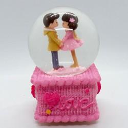 Quà tặng sinh nhật bạn - Quả cầu tuyết love hồng