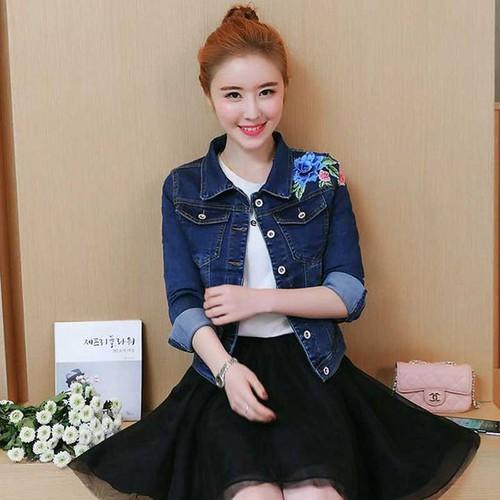 Áo Khoác Jeans nữ thêu hoa_AKN162