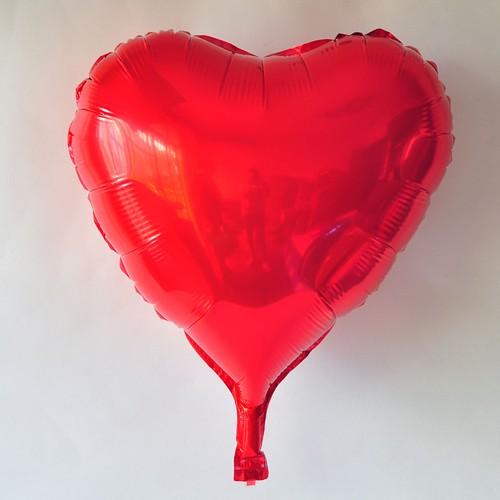 Bong bóng kiếng Trái tim đơn 40cm màu đỏ Heart Foil balloon