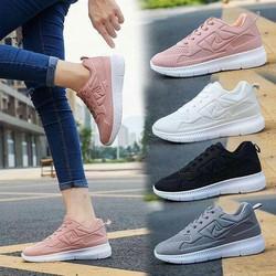 Giày sneaker nữ cá tính trẻ trung
