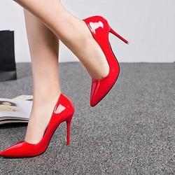 Mua giày - tặng kèm 1 đôi dép quế