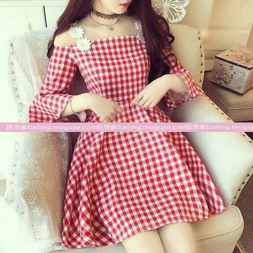 Đầm xoe caro cực xinh