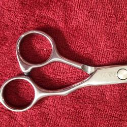 bộ kéo cắt tóc kasho màu titan (mua cặp kéo được tặng 1 bóp da bảo quản + 1 lược toni guy)