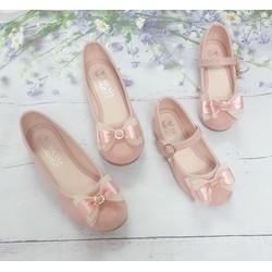 Giày búp bê cho mẹ và bé