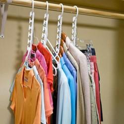 Hộp 8 móc treo quần áo thông minh