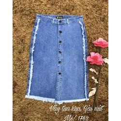 chân váy jeans tua gài nút