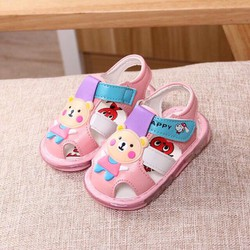 Giày sandal hoạ tiết gấu xinh, có đèn nhấp nháy