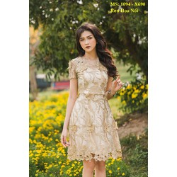 Đầm Xòe Ren Hoa Nổi Nhũ Cao Cấp