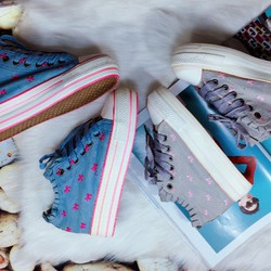 Giày slip on cột dây,cao 3 cm thêu hoa, cá tính, hàng quảng châu
