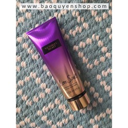 Lotion dưỡng thể Victorias Secret Love Spell Fragrance Lotion 236mL