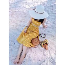 Set áo crop + chân váy bi xòe