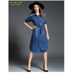 Đầm Jean Suông Tay Dài Thêu Hoa