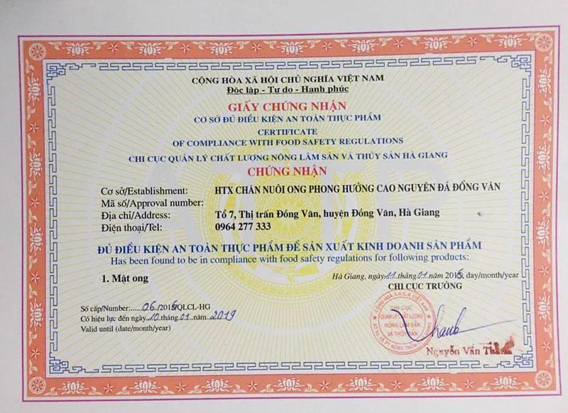COMBO1 Lít Mật ong HOA VẢI  +500g Tinh bột nghệ 5