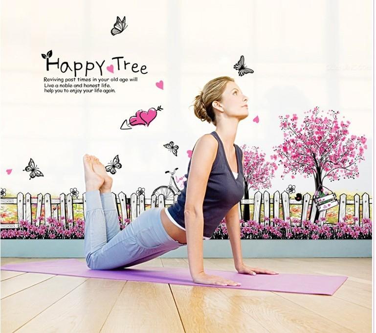 Decal chân tường Happy tree 4