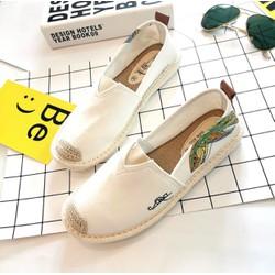 Giày slip on Nữ Fashion