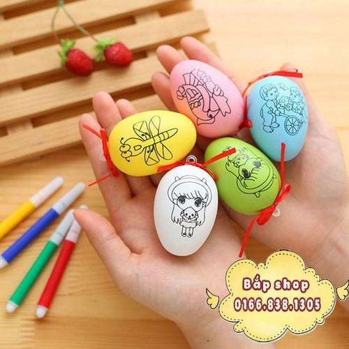 Trứng tô màu