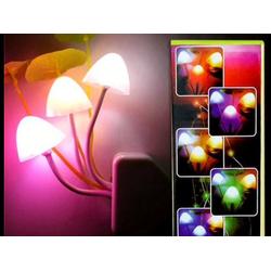 Đèn ngủ cảm ứng hình nấm, tự sáng khi tắt điện