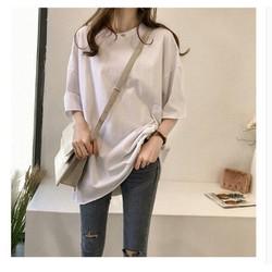 Áo phông form rộng trơn đơn giản