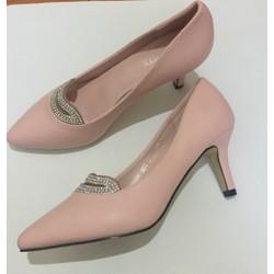 Giày cao gót đính đá viền môi
