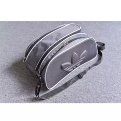 Túi đựng giày hai ngăn thể thao màu đen logo nổi - Hàng Chính Hãng