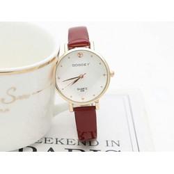 Đồng hồ thời trang nữ đẹp giá rẻ
