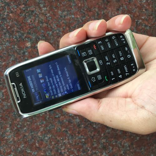 Nokia E51 chính hãng