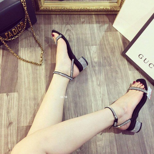 Giày gót vuông đính hạt quai mãnh | giày sandal cao gót nữ - 5909417 , 9976174 , 15_9976174 , 205000 , Giay-got-vuong-dinh-hat-quai-manh-giay-sandal-cao-got-nu-15_9976174 , sendo.vn , Giày gót vuông đính hạt quai mãnh | giày sandal cao gót nữ