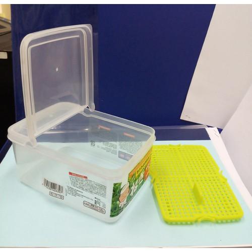 hộp nhựa đựng thực phẩm của Nhật nắp 2 cánh bật đứng 750ml D307