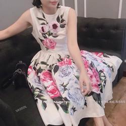 Đầm xòe hoa hồng sát nách siêu cute