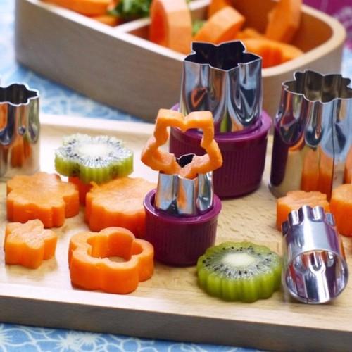Bộ dụng cụ cắt tỉa hoa quả rau củ 8 món - 5684102 , 9612186 , 15_9612186 , 58000 , Bo-dung-cu-cat-tia-hoa-qua-rau-cu-8-mon-15_9612186 , sendo.vn , Bộ dụng cụ cắt tỉa hoa quả rau củ 8 món