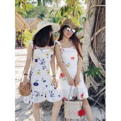 Đầm hoa 2 dây bèo MẪU SHOP MANG